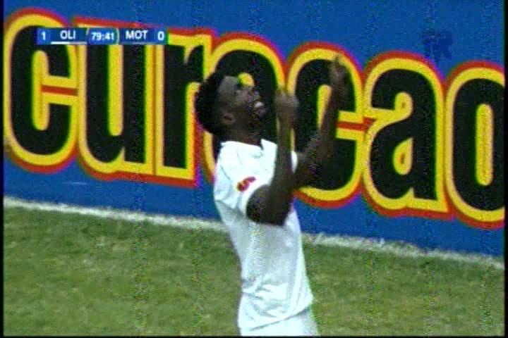 Olimpia pega primero y le gana Motagua en el estadio Nacional - Diez ...