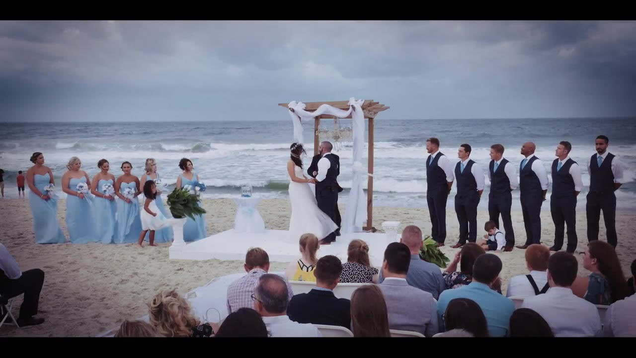 Brooke + Ryan | Carolina Beach, North Carolina | Courtyard by Marriott Carolina Beach Oceanfront