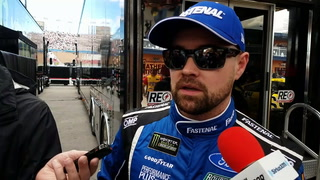 NASCAR driver Ricky Stenhouse predicts entertaining race at LVMS