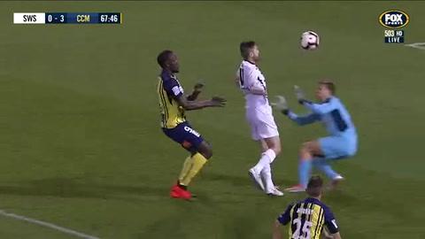 Usain Bolt hizo dos goles y marca rumbo en el fútbol profesional