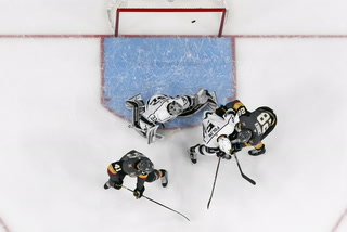 Golden Edge: Knights give Vegas a night to remember