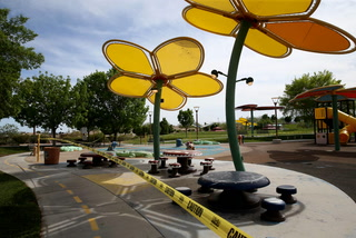 Southern Nevada parks and pools begin reopening – VIDEO