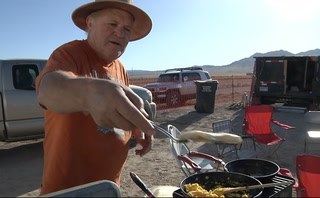 Nevada man cooks free meals for crew at A'Le'Innstock