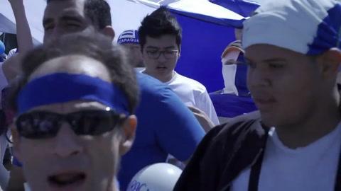 Nicaragüenses en Costa Rica protestan contra Ortega en frontera