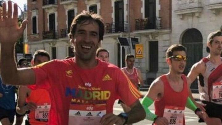 Raúl González acaba la Maratón de Madrid