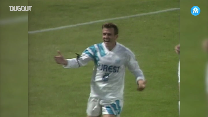 El impresionante gol desde lejos de Franck Sauzée