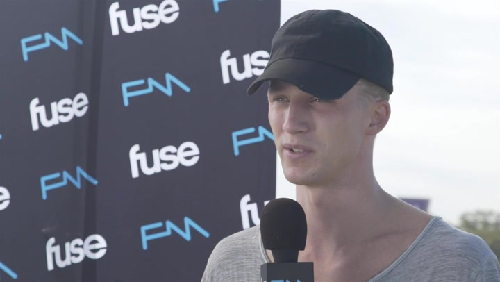 "NF Gets Personal About ""Therapy Session"" At Voodoo 2016"