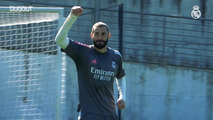 Benzema and Marcelo practice finishing in Real Madrid training
