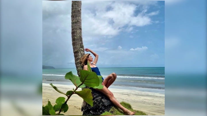 Sandra Barneda disfruta al máximo mientras graba 'La isla de las tentaciones 4'