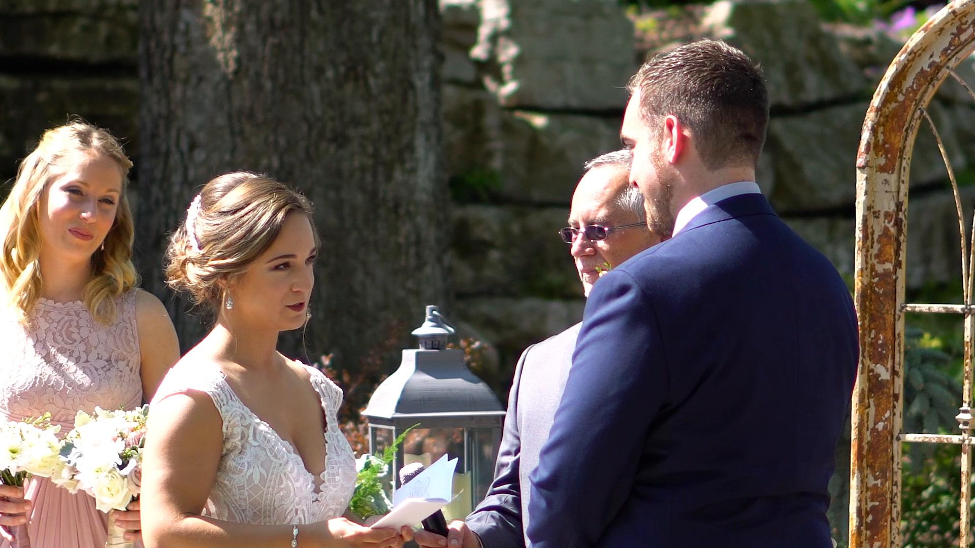 Jonathen + Chelsie | Pacific, Missouri | Haue Valley Weddings And Events
