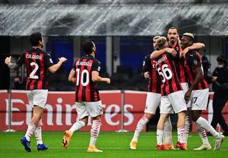 Arranca el partido y aparece el de siempre para anotar ¡Zlatan Ibrahimovi\u0107 se luce con el AC Milan!