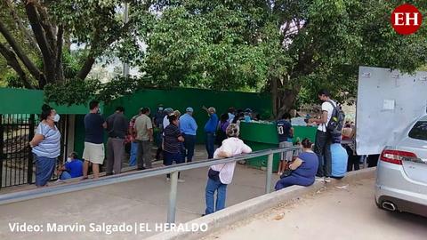 Así se desarrolla la quinta jornada de vacunación en el Instituto Técnico Luis Bográn