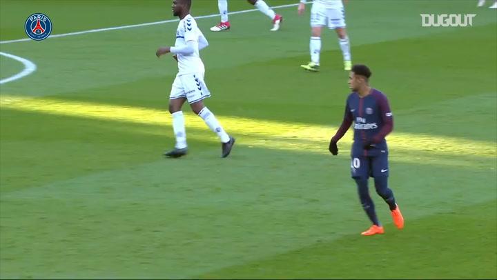 Neymar Jr's Stunning Display Vs Strasbourg