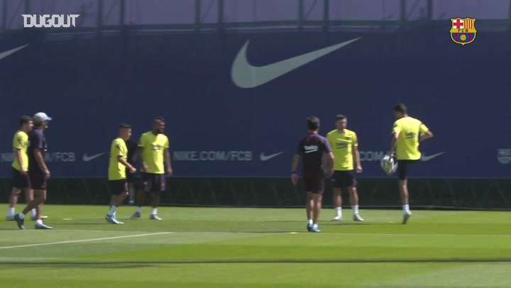 Barça faz treino regenerativo após empate com Atlético de Madrid