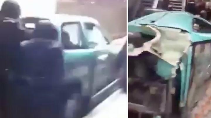 Ungdommer dyttet bil ned trapp
