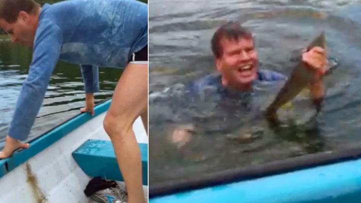 Svein kastet seg i vannet da fangsten satt fast