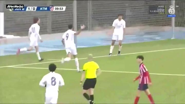 Así golea Julen Jon, el hijo de Julen Guerrero, en el juvenil del Real Madrid
