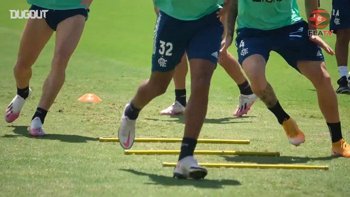 Flamengo training session at Ninho do Urubu