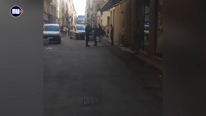 Politie zet straat af na bomexplosie Lyon