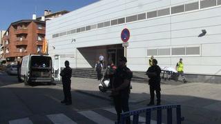 Hombre Abatido En Ataque Con Cuchillo A Una Comisaría Española