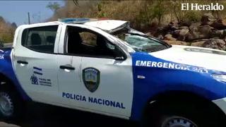 Miembros de la Policía Nacional sufren accidente en la cuesta El chile