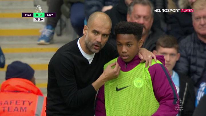 Se klippet: Guardiola har taktiske instrukser til alle – selv bolddrengene