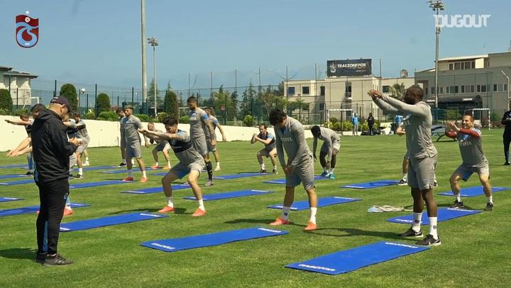 Trabzonspor Antrenmanları Sürdürüyor