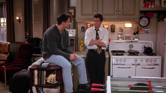 Chandler And Joey S Apartment Friends Central Fandom
