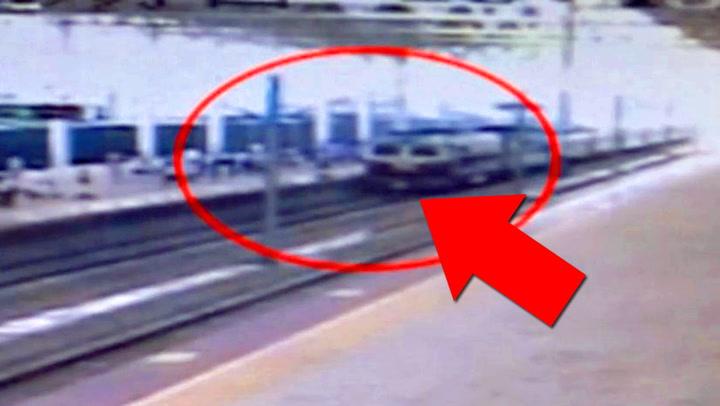 Mannen spyttet på perrongen – ble dyttet foran toget