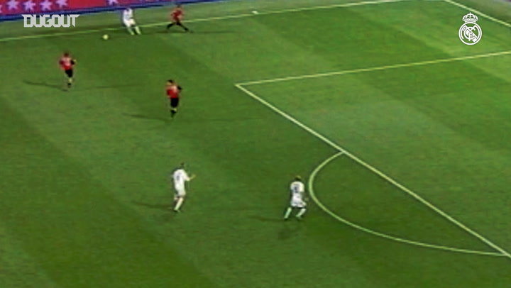 David Beckham's first goal with Real Madrid