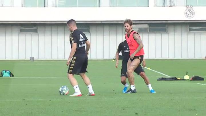 Jovic, Ramos y Carvajal, de vuelta a los entrenamientos con el Real Madrid
