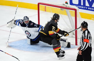 Golden Edge: Knights Win at Home Against Winnipeg