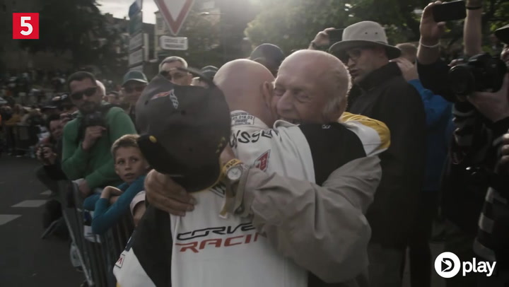 Inden Le Mans - Far-søn ritual skal sikre Magnussen sejren