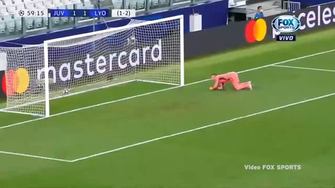 Golazo de Cristiano Ronaldo ante el Lyon (Champions League 2020)