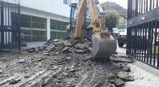 Sospechosa eliminación de capa asfáltica en Loarque