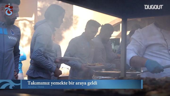 Trabzonspor yemekte bir araya geldi