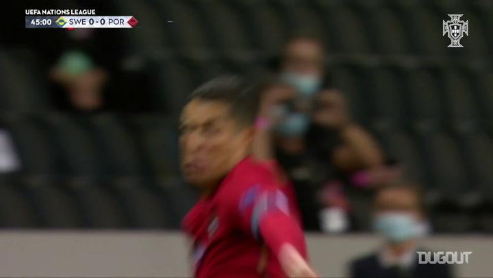 El gol número 100 de Cristiano Ronaldo con Portugal