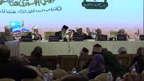 Los muftíes quieren reinventarse frente al yihadismo en la época de internet