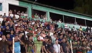 Está es la Liga de Ascenso: Banda y ambientazo durante el Santos-Pinares