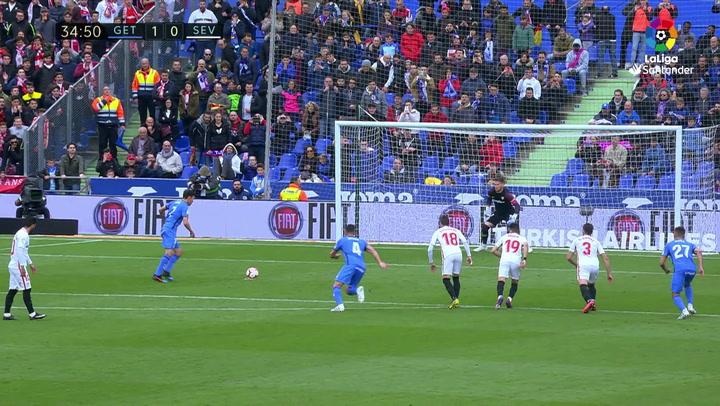 LaLiga: Getafe-Sevilla. Gol (1-0) de penalti de Jaime Mata (min 35)