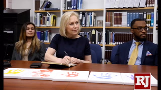 Presidential candidate Gillibrand meets with UNLV Immigration Clinic student attorneys