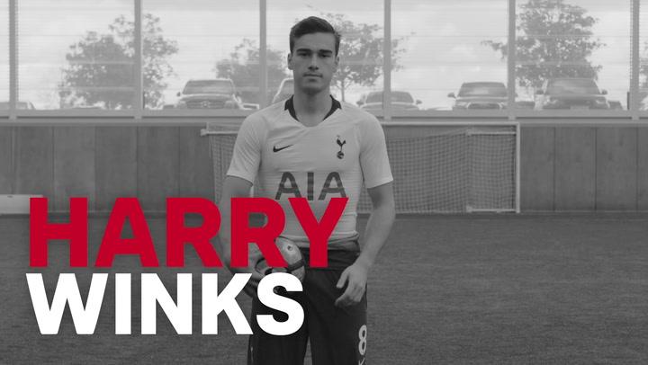 Harry Winks: Giãn cơ lưng