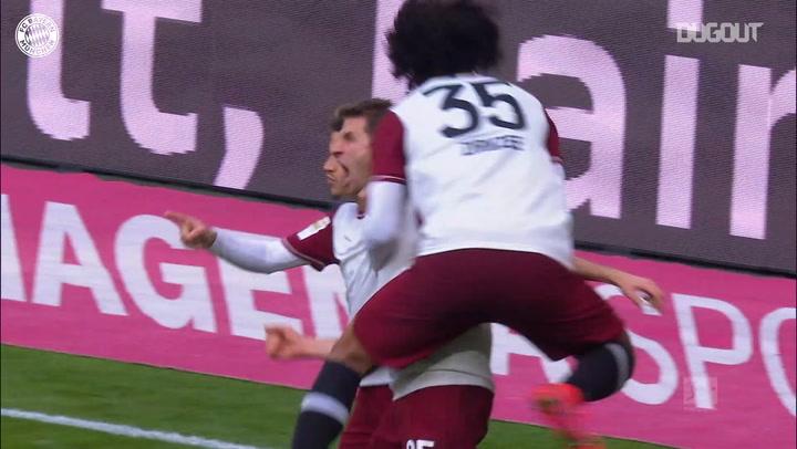 Thomas Mueller's volley vs Augsburg
