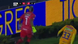 La narración en inglés del gol de Nahuel Guzmán para la clasificación de Tigres ante Alianza en Champions de Concacaf