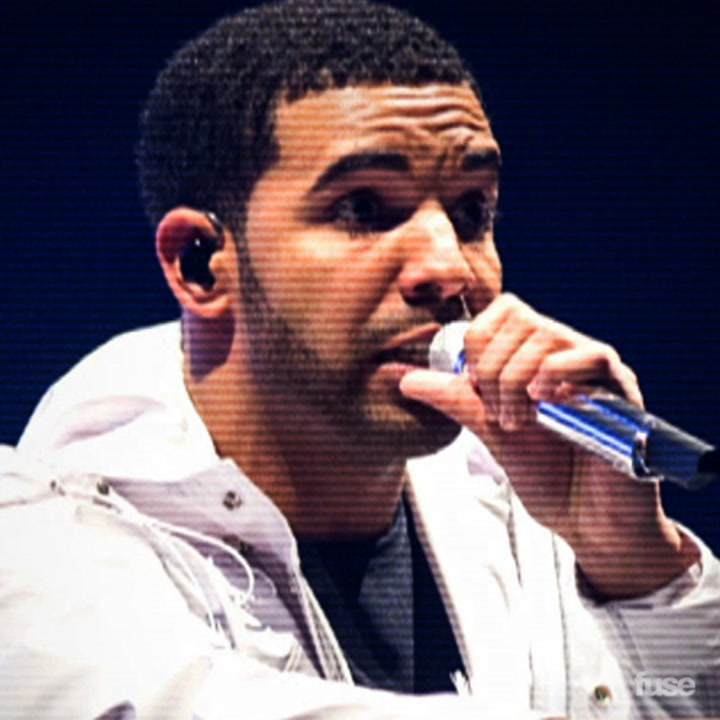 Drake & Rihanna Heat Up the Stage in Paris