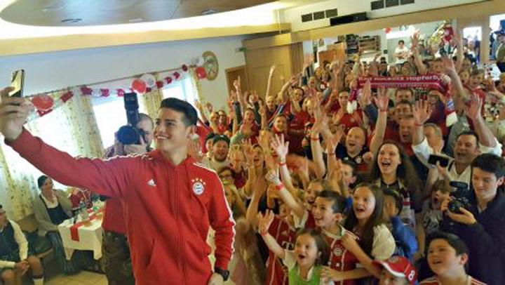 FC Bayern Munich /écharpe Mia San Mia,