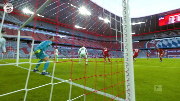 Manuel Neuer's sensational saves vs Werder Bremen