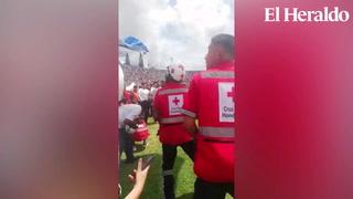 Momento en que paracaidista sufre accidente tras su descenso