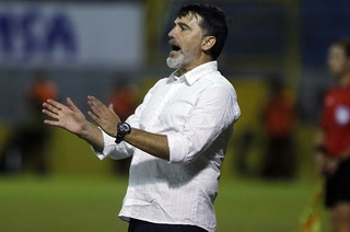 Fernando Araújo: 'Me siento impotente, en el fútbol no hay justicia y a veces uno tiene que callarse la boca'