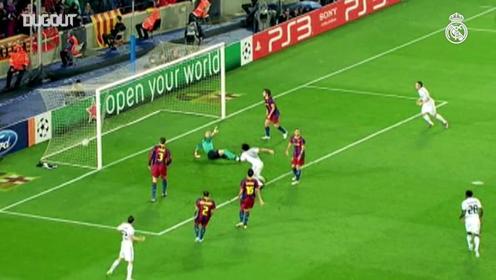 Jogadores do Real Madrid sabem como marcar gols no Barcelona